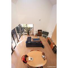 建築/住まい/建築デザイン/注文住宅/シンプル住宅 リビング見下ろし OUCHI-12(1枚目)