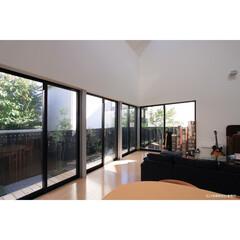 建築/住まい/建築デザイン/注文住宅/シンプル住宅 東南に開く窓 OUCHI-12(1枚目)