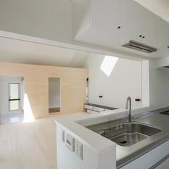 建築/住まい/建築デザイン/シンプル住宅/注文住宅 キッチンから見渡し OUCHI-27 茨…
