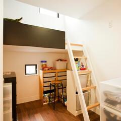 建築/住まい/建築デザイン/シンプル住宅/狭小住宅/ハコノオウチ 最小限子供室 面積は3畳ほどで、立体的に…