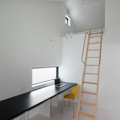 建築/住まい/建築デザイン/注文住宅/シンプル住宅 物置代わりのロフト OUCHI-37(1枚目)