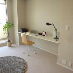 ベッドルーム/マンション/リノベーション/造作家具/寝室 ベッドルームに造作でデスクを設置しました…