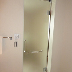 リノベーション/マンション/バス/建具 リノベーションで風呂のドアも交換しました…