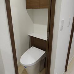 マンション/リノベーション/トイレ トイレをリノベ。引き戸になったので、狭い…