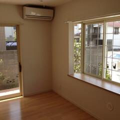 戸建て/新築/出窓 ゆとりの空間を演出する大きめの出窓
