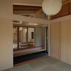 和室/土間/通り土間/内と外のつながり 『本住宅は美しい環境に建てられています。…
