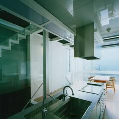 建築/建築家/建築デザイン/住まい/キッチン/アイランドキッチン/... キッチンからリビングダイニング キッチン…(1枚目)