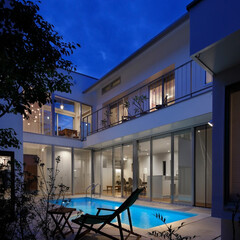 建築/プールハウス/住まい/外構/コートハウス/家族の時間 「水と光のある暮らし」吉祥寺のプールハウ…