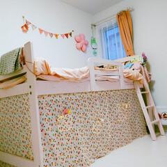 ガーリー/女子部屋/ベッド下/子供部屋/DIY/インテリア/... 娘のベッド下DIY さくらんぼの生地でぐ…