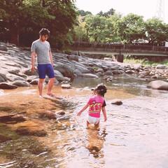 パパっ子/家族デー/川遊び 先日夏を前にして早速川遊びをしてきました…