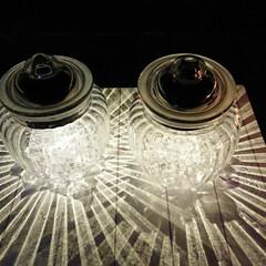 癒しアイテム/ガラスキャニスター/ダイソーが1番明るい/ガーデンライト/フォロー大歓迎/ハンドメイド/... こんにちは~😃 今日は少し寒いですね💦 …