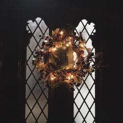 リース/クリスマス/玄関 玄関にクリスマスリースを添えて。