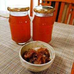 おやつタイム 新生姜でジンジャエールを作りました。三温…