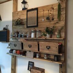 diy201604 キッチンにディアウォールで、棚と板壁作り…