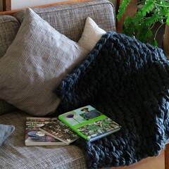 チャンキーニット/ニット/ハンドメイド/編み物/ブランケット 肌寒くなりだすと 毎年編み物がしたくなり…