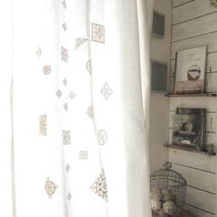 カーテン/IKEA/ファブリック/カーテンリメイク リビングのカーテンはIKEAで買った白の…