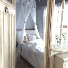 ベッドルーム/ベッド/シック/ロマンティック/星/バーンスター/... 子供部屋はカラフルではなくシックな色合い…