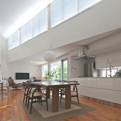 キッチン/オリジナルキッチン/グッドデザイン/建築家/建築家とつくる家 狭山の家 V字型の吹き抜けを持つリビング…