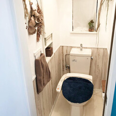 フロアシート/フロアシートRSF-19/ヘリンボーン/ヘリンボーン床/DreamStecker/ドリームステッカー/... 二階トイレの写真です^_^ トイレの床が…