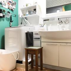 ドリームステッカー/床リメイク/ヘリンボーン柄/洗面所インテリア/洗面所/DIY/... 洗面所の写真( ^ω^ ) ヘリンボーン…