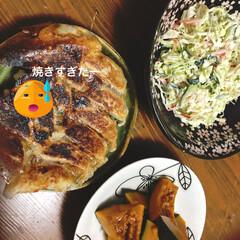 暮らし/我が家のテーブル 今日の夕食、慌てて作り焼き過ぎてしまった😥