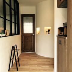 造作家具フルオーダーの家/新築/Men's natural/収納の工夫/100均/セリア/... この玄関に合うスリッパラックが欲しくてD…