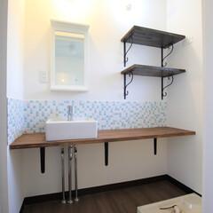 団地リノベーション/モザイクタイル/洗面所/洗面台 団地のため、1100×1600と狭い洗面…