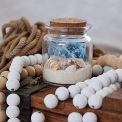 海の砂/貝殻/夏インテリア/DIY/雑貨/100均/... 海の写真を砂と貝殻でビンで閉じ込めて♪ …