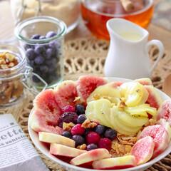 コーンフレーク/シリアル/朝ごはん/食器/インテリア/100均/... 簡単フルーツたっぷり、朝ごはん♪ シリア…