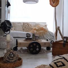 ストローハット/トロリーテーブル/リビング/照明/ジュートラグ/IKEA 夏のリビング♬自然素材ベースのインテリア…