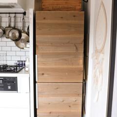 超強力/3M/原状回復/冷蔵庫/キッチン 冷蔵庫には、古材のスライスをマステ+両目…