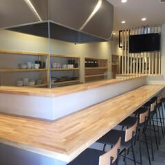 和風ダイニング/居酒屋/明るい店内/大阪市 開放感のある厨房