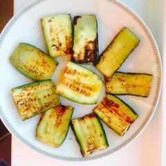 ズッキーニ ズッキーニといえば夏野菜のイメージがあり…