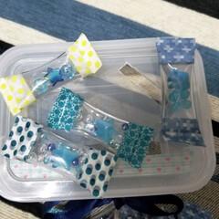 手作りおもちゃ/玩具/100均/DIY/ハンドメイド 飴ちゃんみたいな、透明ホースの型ハメ?落…
