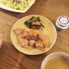 オニオンスープ/シーフードサラダ/チキンステーキ/ラカンティーヌ ラカンティーヌのマッシュルームソースでチ…
