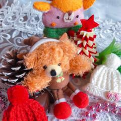 クリスマス2019/クリスマス/クマ/マスコット/雑貨/冬 クマのトナカイさん♡ 赤と白の手編みのニ…