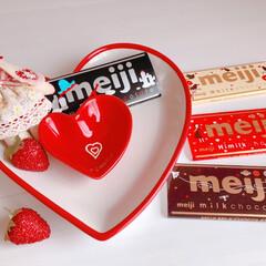 バレンタインデー/チョコレート/スイーツ/お菓子/板チョコレート/明治製菓/... 定番♡今年の明治の板チョコレート♡ パッ…