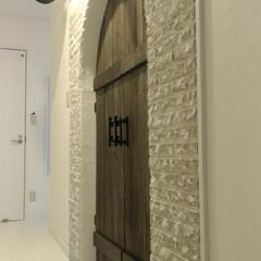 リフォーム/襖/和室/タイル/両面時計/アーチ/... 和室の入口の襖を大改造! アーチの扉を作…
