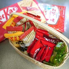 冷蔵庫の中/籠/竹細工/お菓子/チョコレート わが家の冷蔵庫の上段にいつも有るお菓子た…(3枚目)
