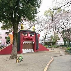 公園/鬼/帰り道/満開/桜/おでかけ/... 午前中 出かけた帰り道 少し雨に降られて…