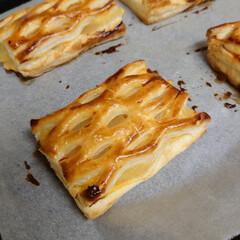 キッチン/アップルパイ/お土産/シホンケーキ |ョ'ω'〃)おはようございます♪ 昨日…