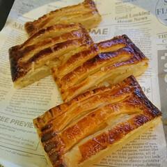 不恰好/りんご/アップルパイ 🍎アップルパイを焼きました🙅 今朝の真っ…