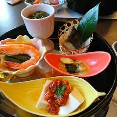 雛飾り/和食/食事会/サークル 今日は体操サークルのみなさんと年に一度の…(2枚目)