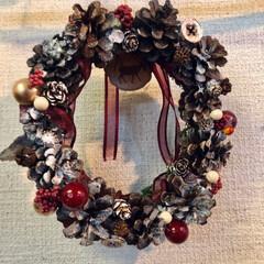 リース/オーナメント/松ぼっくり/クリスマス2019/リミアの冬暮らし/雑貨/... やっと放置してた🎄飾り付けしました☺️ …(4枚目)