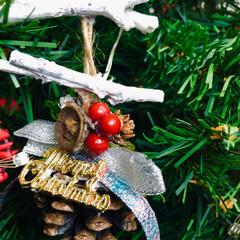 松ぼっくり/オーナメント/クリスマス2019/リミアの冬暮らし/雑貨/ハンドメイド/... 松ぼっくりでオーナメント☺️🎶 これから…