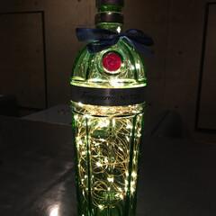 空き瓶アレンジ/ドライジン/タンカレイ/ボトルライト/雑貨/インテリア/... 好きで呑んでるタンカレイ♡♡ 最近ジンを…