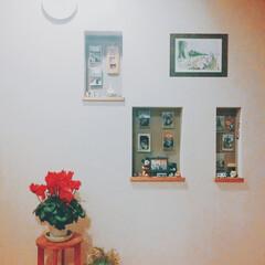 壁/ニッチ/フォトフレーム/フィギュア/ハンプティダンプティ/ベルメゾン/... 2階子供部屋に行くフロアの壁のニッチには…