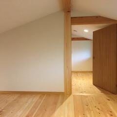 自然素材の家/平家の自然素材の家/平家/ソーラーシステムそよ風/ロフト/お家キャンプ/... 山中湖畔別荘地に建つ平家の自然素材の家の…