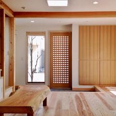 自然素材の家/ソーラーシステムそよ風/二世帯住宅/土間リビング/畳ベンチ/プライベートキッチン/... 自然素材でたてたリビング土間のあるソーラ…