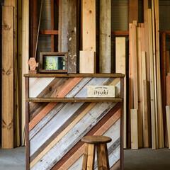 Reclaimed wood/男前インテリア/ヴィンテージ/リクレイムドウッド/什器/カフェ風インテリア/... 古材や廃材を使って作った出店イベント用の…